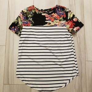 Shein fun floral top size small